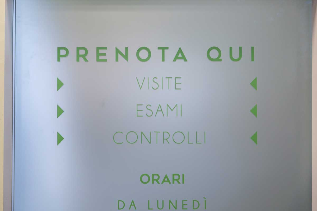 gallery-09-farmacia-loiano